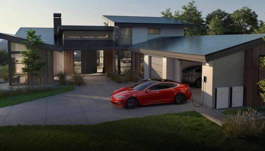 Tesla's solar rental program is to increase its renewable energy business
