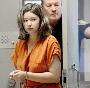 Oklahoma teen girl arrested for planing to shoot 400 people
