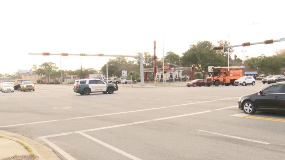 Pensacola shooting investigation: Active shooter killed at Naval Air Station Pensacola