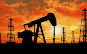US crude oil price dropped to below $20 due to Coronavirus crisis